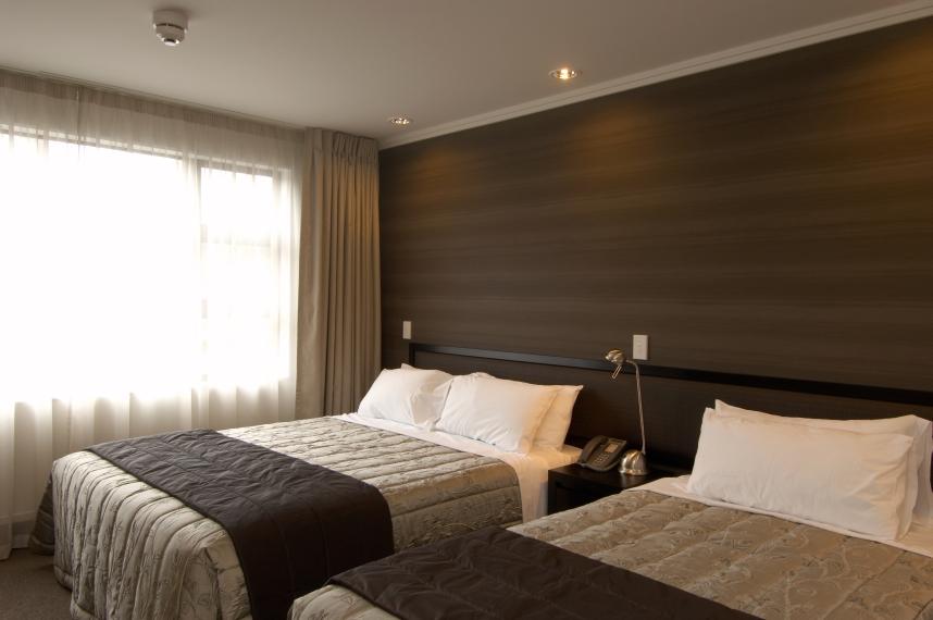1 Bedroom Apartments Ascot Park Hotel